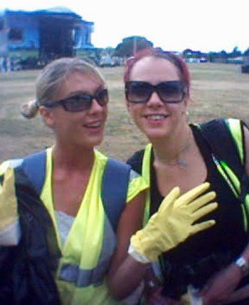 Wireless2006a Celebratory Cleaners