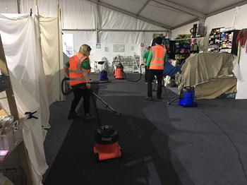 hand_made_fair_ragley_hall_2017_cleaning_08.jpg